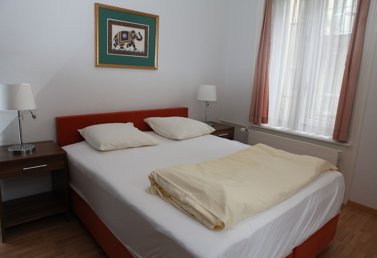 Swiss Star City, Zürich, Apartment, 1 Bedroom, Kitchenette, Room