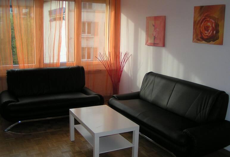 Swiss Star Oerlikon Station, Zürich, Apartment, 2 Bedrooms, Kitchenette, Living Area
