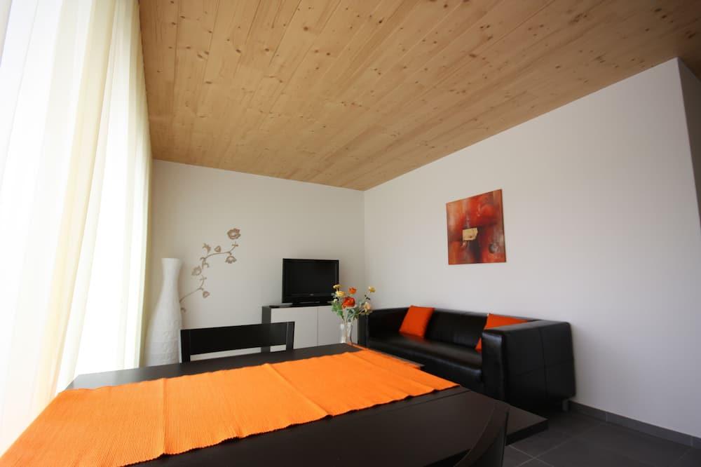 Apartment, 1 Bedroom, Kitchenette - Living Room