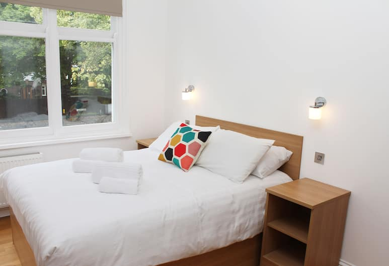 Flexistay Leicester Gables Aparthotel, Leicester, Standard Double Room, 1 Double Bed, Room