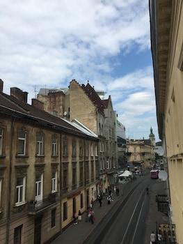 利沃夫納杜布公寓酒店的圖片
