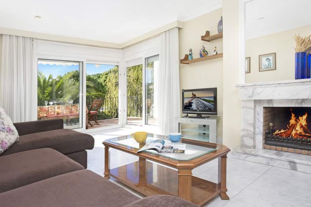 Apartment in Calella de Palafrugell - 104019 by MO Rentals, Palafrugell