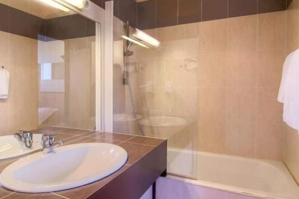 Standard İki Ayrı Yataklı Oda, Banyolu/Duşlu - Banyo