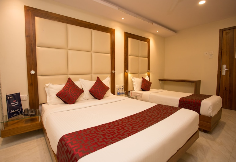 OYO 8872 Hotel Address Inn, Mumbai, Standard Double or Twin Room, 1 Double Bed, Private Bathroom, Guest Room