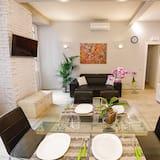 Deluxe Apartment, 2 Bedrooms, Kitchen - Living Area