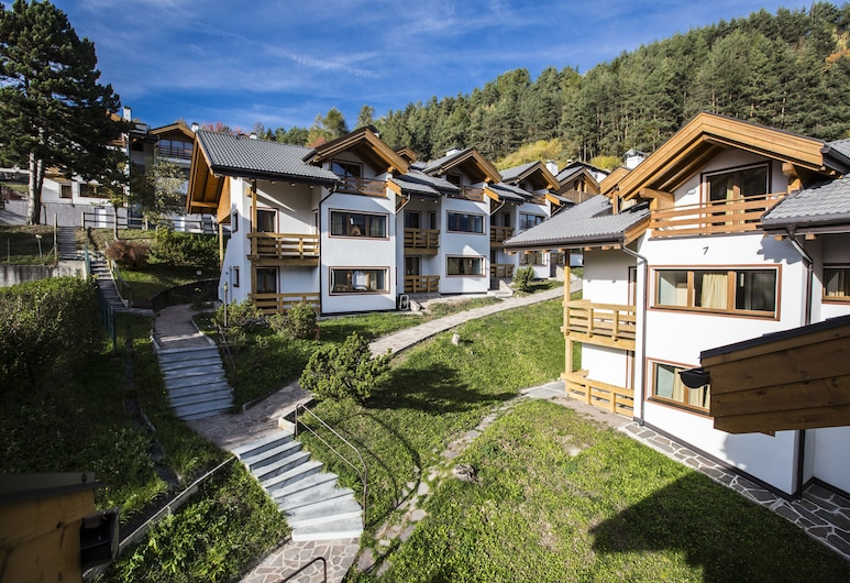 Residence des Alpes, Cavalese, Vista frontal de la propiedad