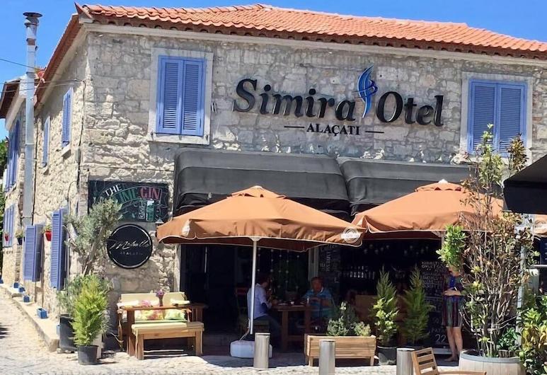 Simira Hotel, צזמה