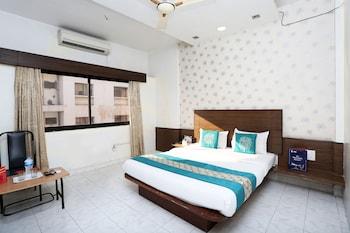 Picture of OYO 7693 Saish Hotel in Shirdi