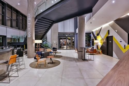 索羅卡巴諾富特酒店/