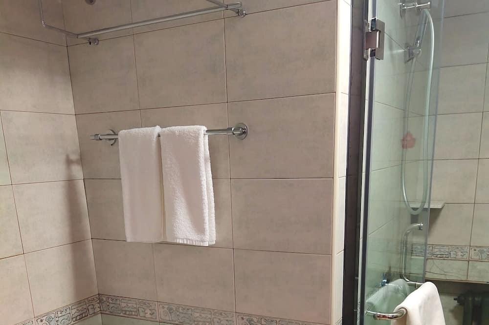 ロマンティック ルーム - バスルームのシャワー