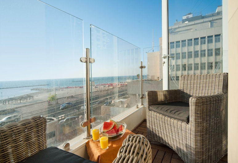 Sea N'Rent - 67 Hayarkon Tel Aviv, Tel Aviv, Apartment, 2 Bedrooms, Beach View, Balcony