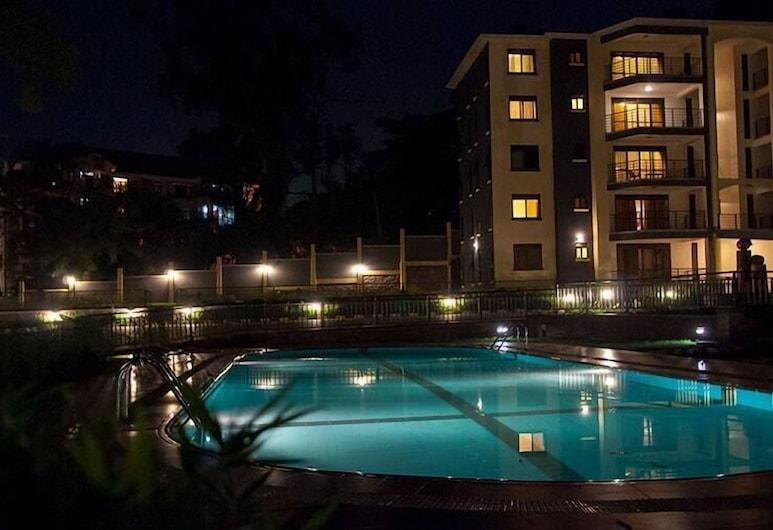 Mayflower Serviced Apartments, Kampala, Piscina al aire libre