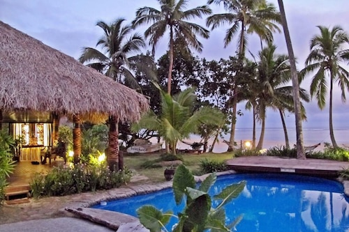 海滩别墅酒店/