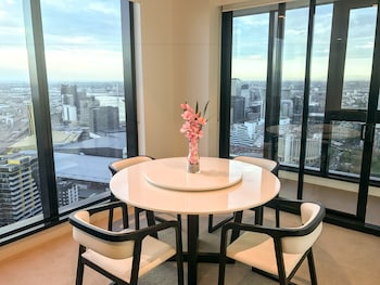 Picture of Melbourne Southbank Platinum Tower Apartment  in Southbank