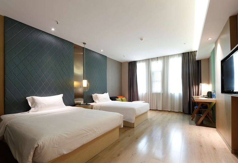 ibis Style XM Zhongshan, Xiamen, Family Room, Multiple Beds, Guest Room