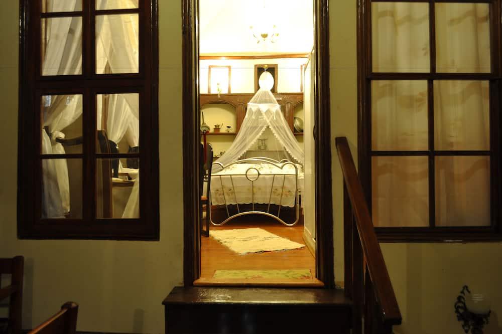 Deluxe Tek Büyük Yataklı Oda - Oda Manzarası