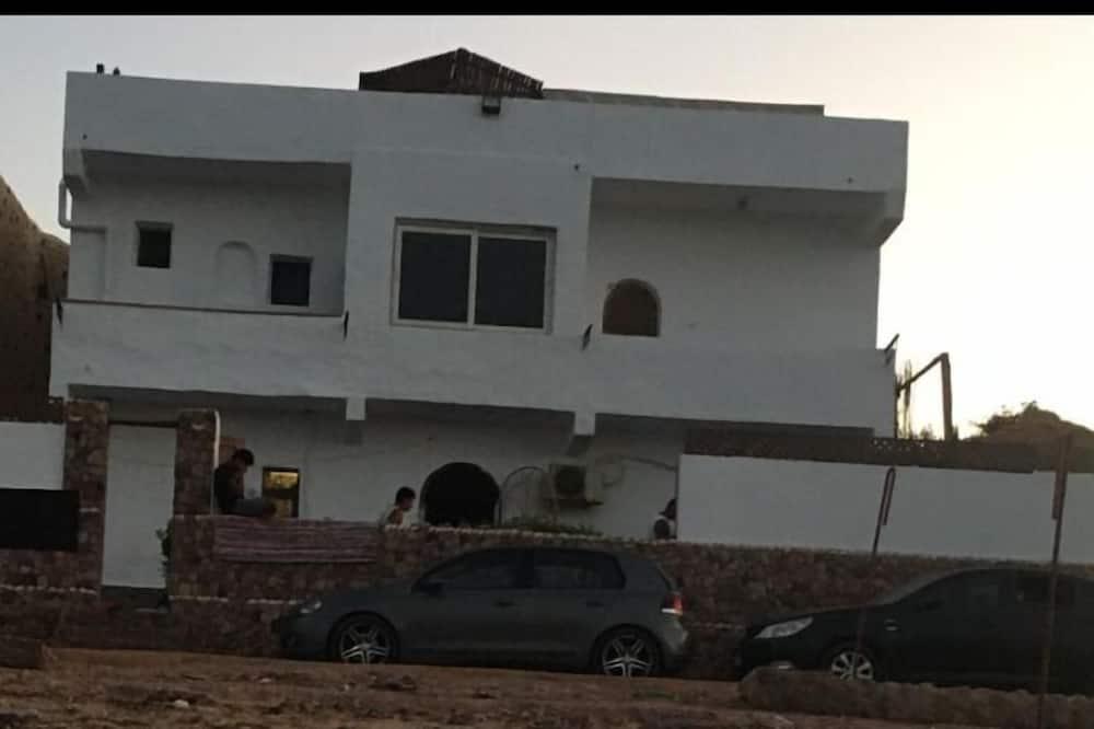 Family Dahab House