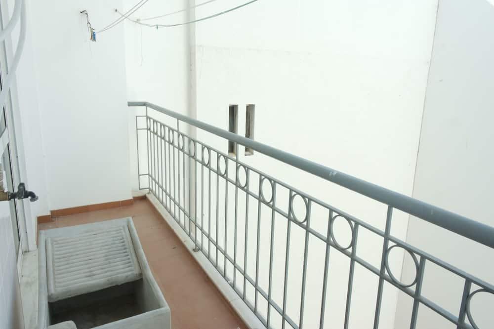 อพาร์ทเมนท์, 1 ห้องนอน, ระเบียง - ระเบียง
