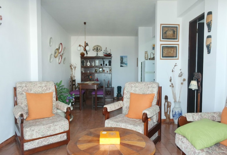 A06 - Seaview 1 Bed Apartment by DreamAlgarve, לאגוס, דירה, חדר שינה אחד, סלון