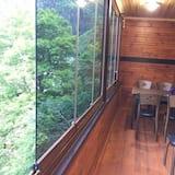 דירה, נוף לנהר - מרפסת