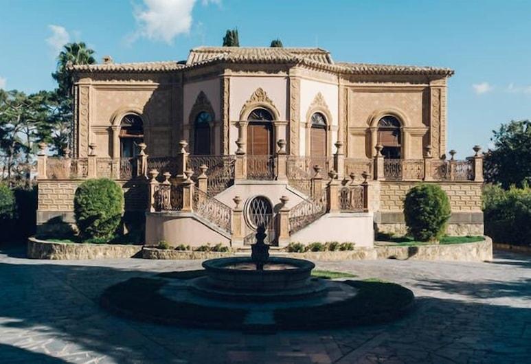 Villa Jacona, Caltagirone