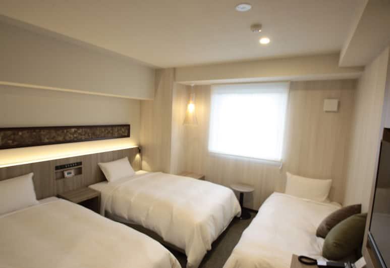 Hotel IL FIORE Kasai, Tokyo, Triple Room, Guest Room