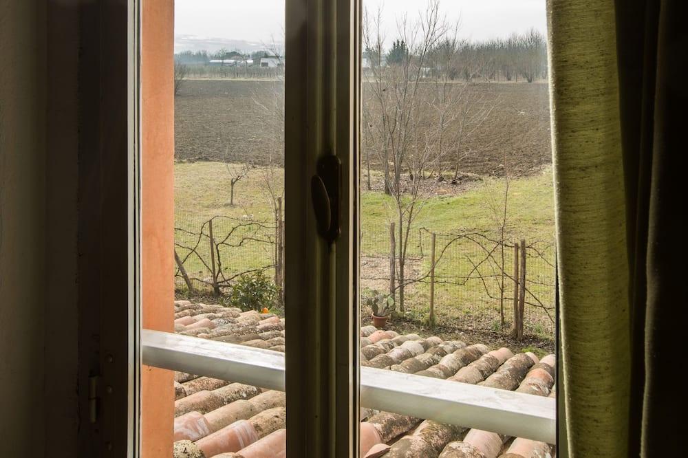 Dvivietis kambarys su patogumais - Vaizdas iš svečių kambario