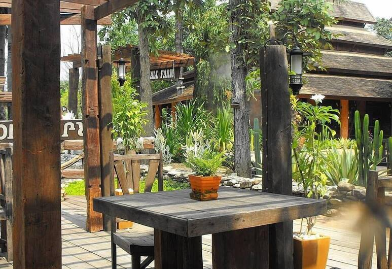 Small Farm Resort, Chom Thong, Terrace/Patio
