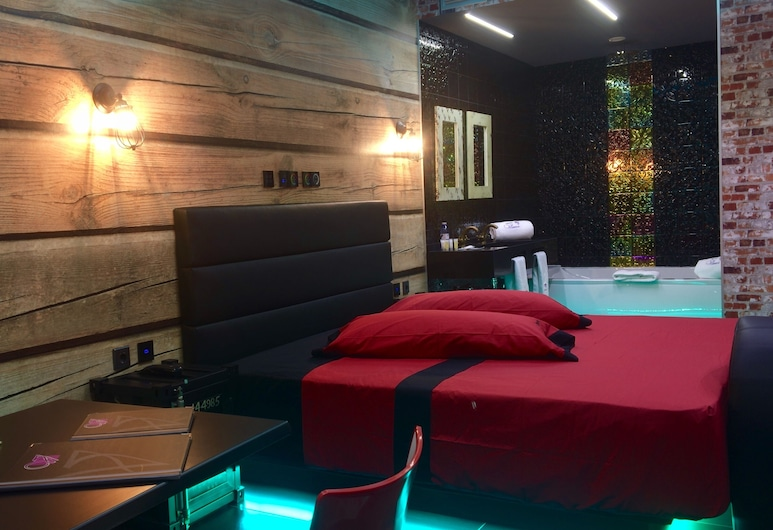 Motel Venus Madrid Norte - Adults Only, Meco, Double Room, 1 King Bed, Jetted Tub, Guest Room