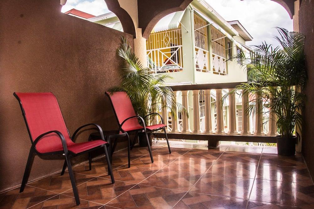 Executive Apartment, 1 Bedroom, Kitchen - Balcony