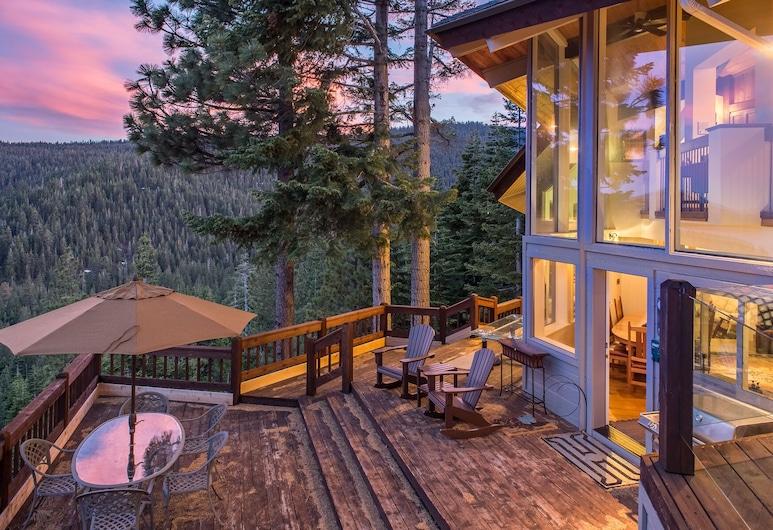Updated Luxury 4br W/ Sauna, Lake & Mountain Views 4 Bedroom Home, Tahoe City