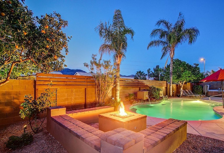 Cactus Acres - 4 Br home by RedAwning, Scottsdale