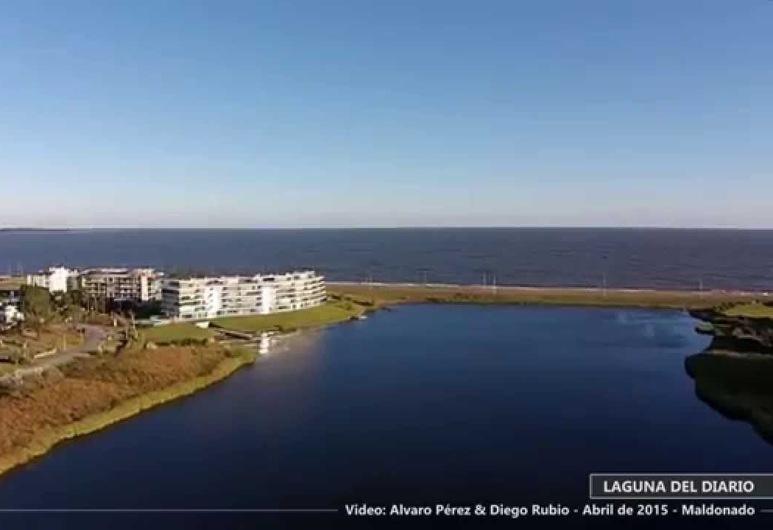 Azure Towers, Punta Ballena, Außenbereich