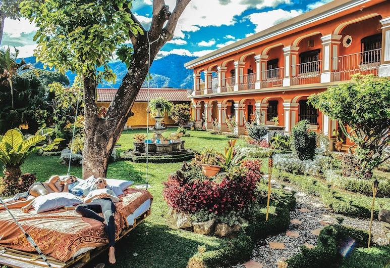 Selina Antigua, Antigua Guatemala, Dziedziniec