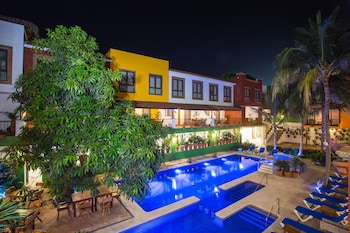 Enter your dates to get the Sayulita hotel deal