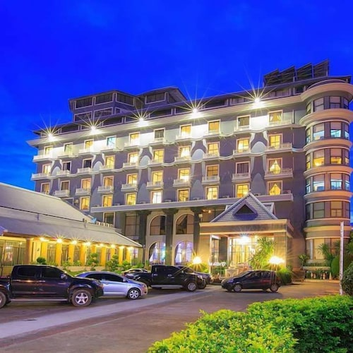 Nattirat Grand Hotel Lom Sak