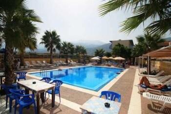 Picture of Hotel Triton in Malia