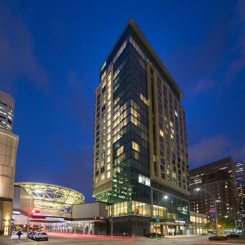 Top Houston Hotels Near Me Last Minute Room Deals Hotelscom - Last minute travel deals from houston
