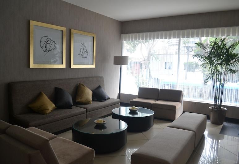 Jose Antonio Lima, Lima, Hotellbar