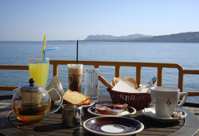 Argo Beach, Χανιά, Εστιατόριο
