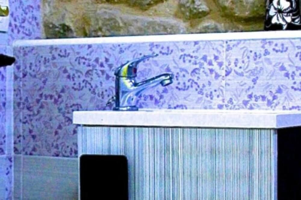 ダブルルーム 共用バスルーム - バスルーム