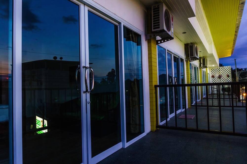 Standard Twin Room  - Balcón