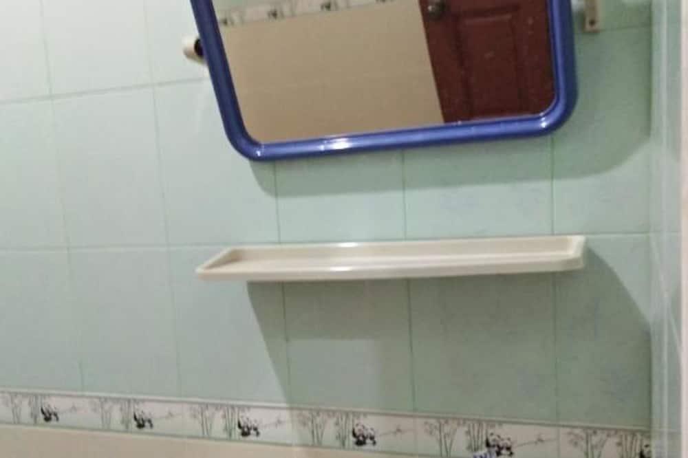 Standard-dobbeltværelse - Vask på badeværelset