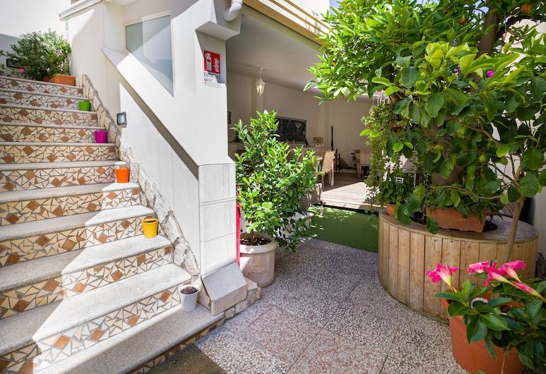 B&B V&V Suite & Breakfast, Pompeia, Jardim