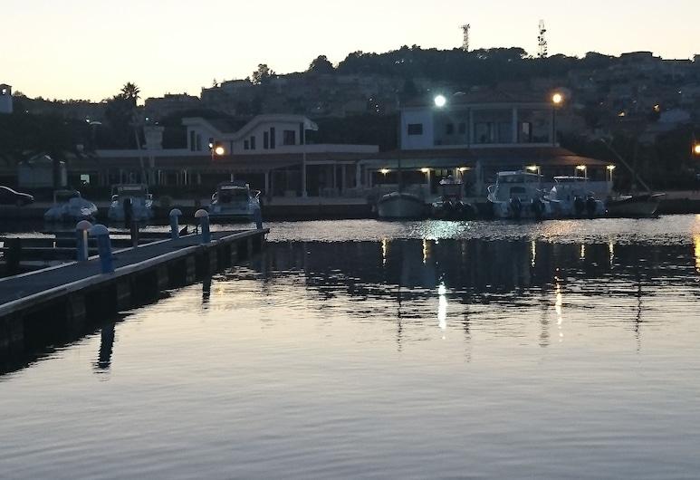 史黛拉瑪琳娜民宿, 聖安東尼可, 住宿外的景色