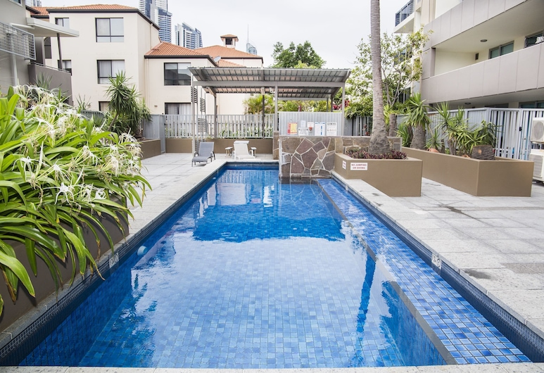 Surfers Paradise Suite with Pool and Spa, Surfers Paradise, Piscina al aire libre