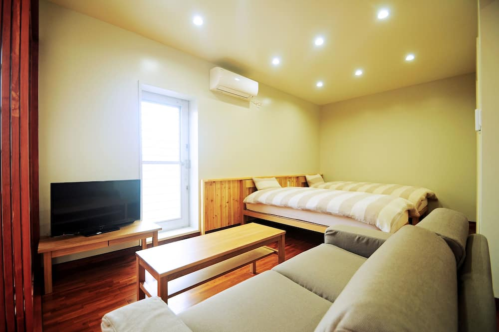 Номер с 2 односпальными кроватями - Зона гостиной