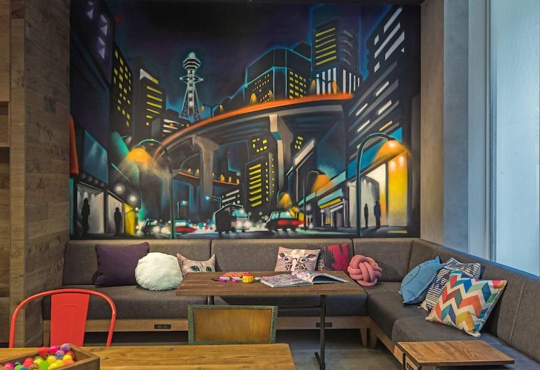 MOXY Osaka Honmachi by Marriott, Osaka, Lobby