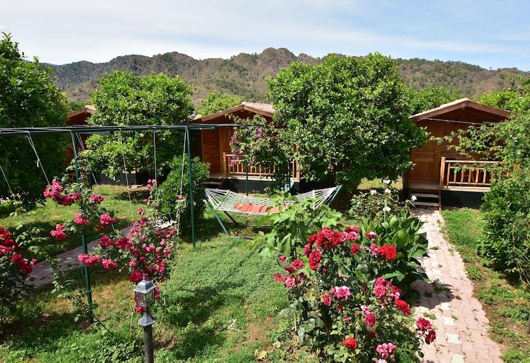 Lemon Garden Lodge, Kemer, Garden