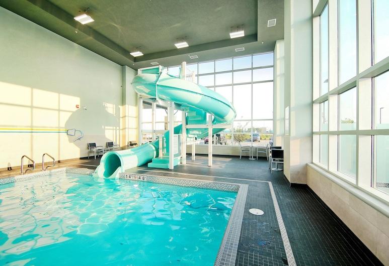 Holiday Inn Hotel & Suites Calgary Airport North, Калгари, Бассейн